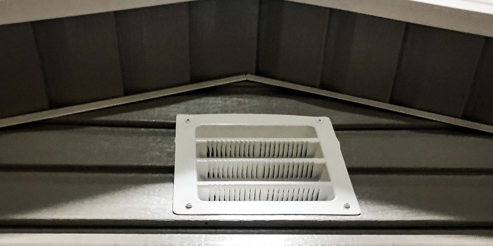 A vent option for custom sheds in KY and TN