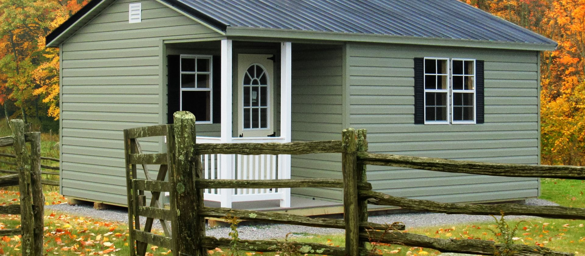 A cabin for sale in KY and TN