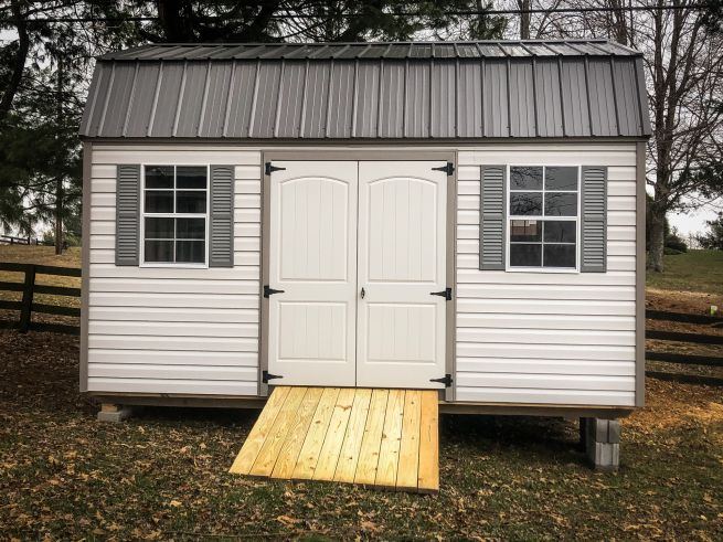 A lofted shed for sale in Nashville, TN