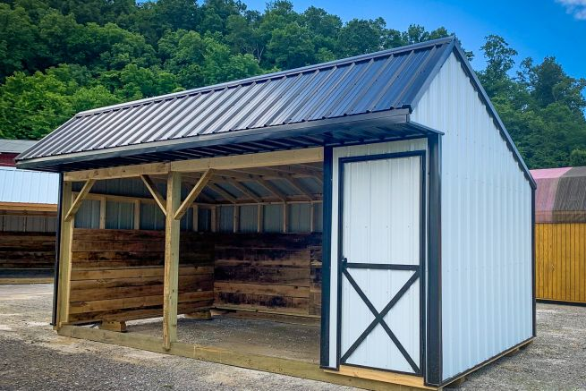 A run-in shed available in Kentucky and Tennessee