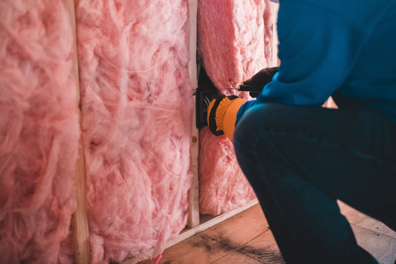 cheapest way to insulate detached garage