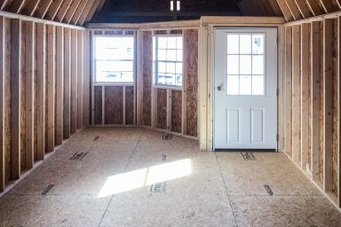 Interior of small cabin for sale in Tennessee